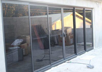 Pose fenêtre vitrée aluminium réunion